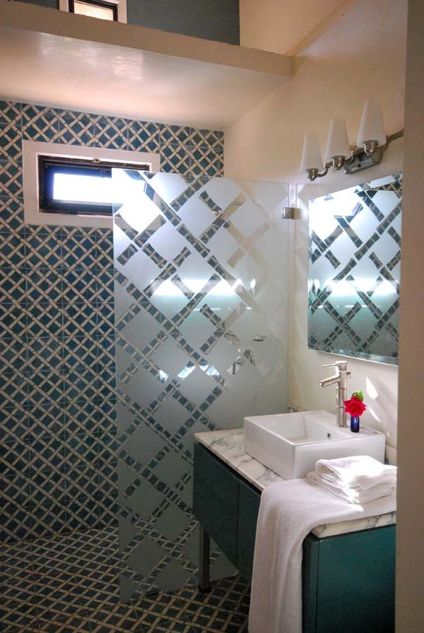 Marrakech: a tale of Moroccan interior design, bathroom ...