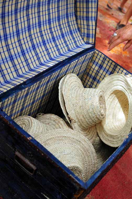 G9 hats