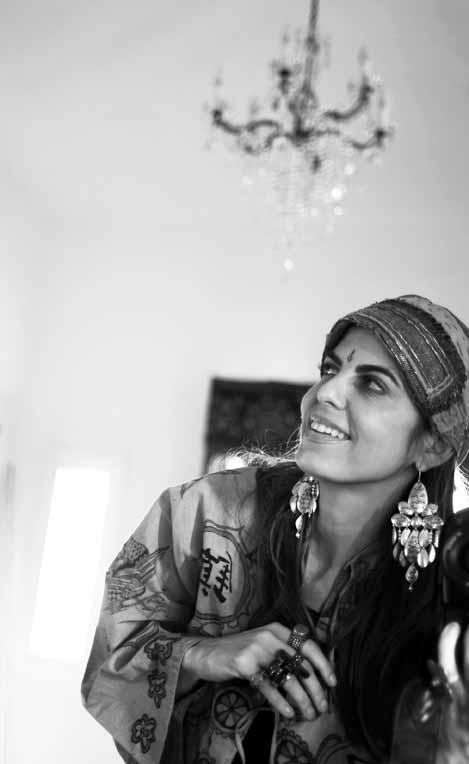 H2 Maryam black and white