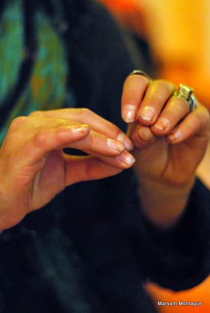 Petra hands