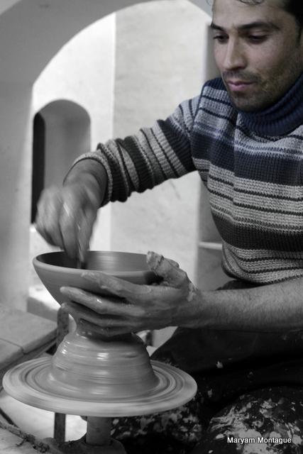 Afghan pottery 10
