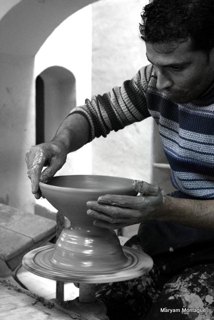 Afghan pottery 11
