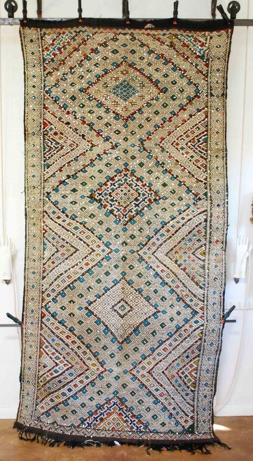 Red Thread Souk carpet 1