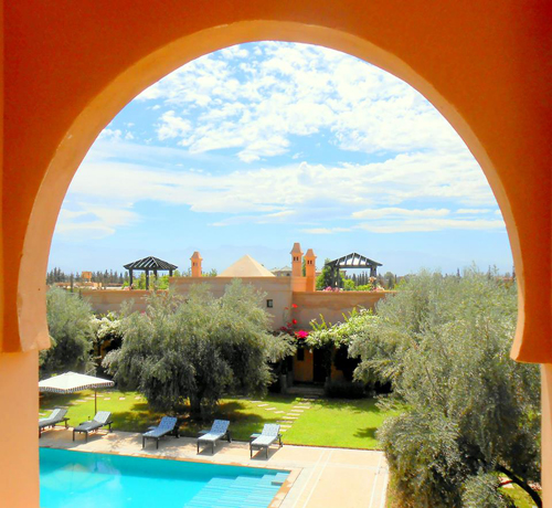 Pool through the Arch Above