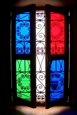 W_multicolor_window_f
