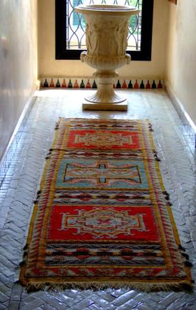 Soundouss_carpet_hallway_2