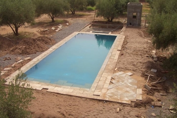 Pool_aug_5_2007_002_from_roof_2